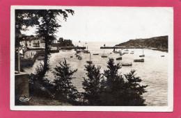 56 MORBIHAN BELLE-ILE-EN-MER, Sauzon, Vue Sur Le Port, Animée, 1932, (Nouvelles Galeries, Combier) - Belle Ile En Mer
