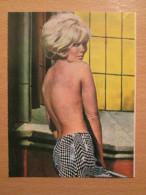 Kim Novak American Film And TV Actress Sexy Girl RP Postcard CIK Magazine Yugoslavia - Berühmt Frauen