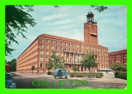 FREDERIKSBERG, DANEMARK - THE FREDERIKSBERG TOWN HALL - ANIMATED WITH VOLSWAGEN - - Danemark