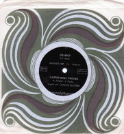 Disque Vinyle Souple Offert Par Fromage Paul Renard, Double Face , 45tours (rose6) - Formats Spéciaux