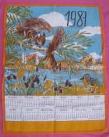 Torchon Calendrier De 1987, Motif écureuils Et Canard Autour De L'étang - Habits & Linge D'époque