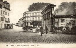 40 DAX ... La Place De La Fontaine Chaude ... Animation - Vue Sur Attelages ... - Dax