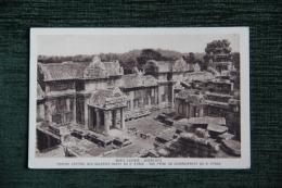 ANGKOR VAT - Ruines, Porche Central Des Galeries Ouest Du 2ème étage - Cambodge