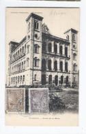 CPA MADAGASCAR - TANANARIVE - Palais De La Reine - TB PLAN EDIFICE + Jolis Timbres Au Recto - Madagascar
