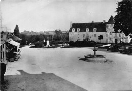 17- PONS- PLACE DU CHÄTEAU - Pons