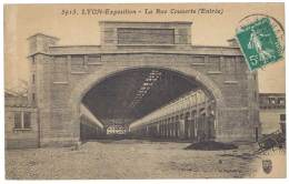 Cpa Rhône - Lyon Exposition - La Rue Couverte ( Entrée ) - Lyon