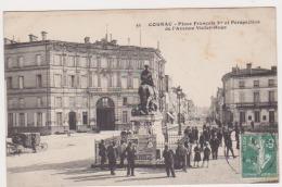 CPA CHARENTE 16  COGNAC Place François 1er  N°51 - Cognac
