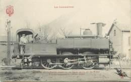 """CPA TRAIN / LOCOMOTIVE """"Machine Pour Trains Légers Et De Gare"""" - Trains"""