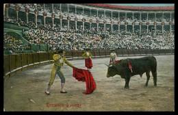 ESPANHA - TAUROMAQUIA - Entrando A Matar ( Nº 1913. 8.)   Carte Postale - Espagne