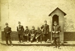 France Lille Caserne Vandamme Groupe En Uniforme Ancienne Photo Amateur 1896 - Anciennes (Av. 1900)