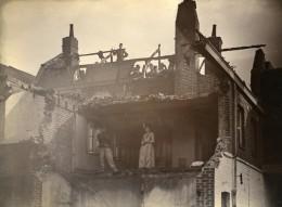 France Lille Maison En Ruines Groupe Ancienne Photo Amateur 1896