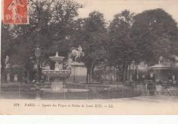 Cp , 75 , PARIS , Square Des Vosges Et Statue De Louis XIII - Squares