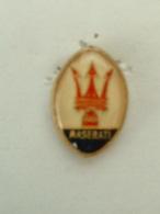 Pin´S LOGO MASERATI - Pins
