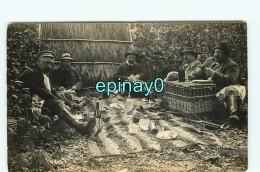 CARTE PHOTO A LOCALISER -  REPAS CHAMPETRE - PICNIC - CASSE CROUTE - DEJEUNER Sur L'herbe - Photos