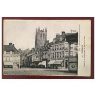 Bergues  Place De La République Et Rue De La Gare - Bergues
