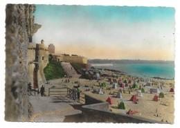 Cpsm: 35 SAINT MALO - Plage Bonsecours Et Porte Saint Pierre 1949  N° 633  (rare) - Saint Malo