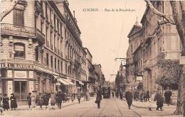 VAUCLUSE  84  AVIGNON  RUE DE LA REPUBLIQUE - Avignon