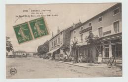 DARSAC (43) - LA COUR DE LA GARE ET L'HOTEL GALLAND - France