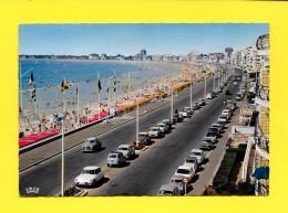 CPSM 44 LA BAULE La Plage Et Le Boulevard 1969 ( Voiture ) - La Baule-Escoublac