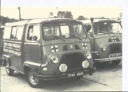 Croix Rouge Française - Livry Gargan, Premier Véhicule Secouriste Renault En 1960 - Voir Scan Recto Verso - Rotes Kreuz