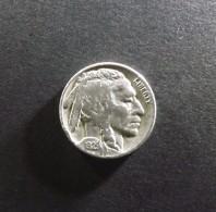 5 Cents Nickel Tète D´indien Dite 5 Cents Buffalo   1929  Sol Plat - 1913-1938: Buffalo
