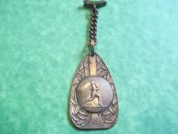 Porte-clés/Médaille Sportive / Course à Pied  / Années 1950       POC137 - Porte-clefs