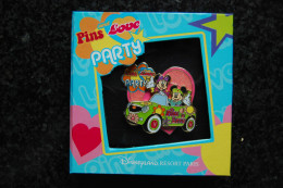 DLRP - Pin Trading Event - Pins And Love (Mickey & Minnie Boxed Pin)  Limited Edition 600 Ex. - Disney