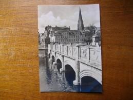 Schwerin , Schlobbrücke Mit Blick Auf Den Dom - Schwerin