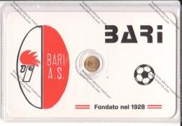 SCHEDA CON PICCOLA MEDAGLIA IN BAGNO D'ORO DEL BARI - - Apparel, Souvenirs & Other