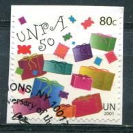Nations Unies New-York 2001 - YT 865 (o) Sur Fragment - New-York - Siège De L'ONU