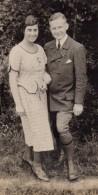 Photo Originale Couple - Jeunes Gens Amoureux Le 06.08.1922 - Personnes Anonymes