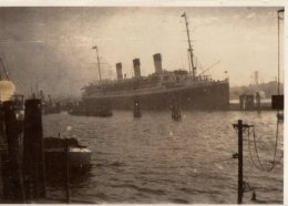 Photo Originale Navire Allemand - Paquebot Vapeur Le Cap Arcona De Grand Luxe En Octobre 1927 - - Schiffe