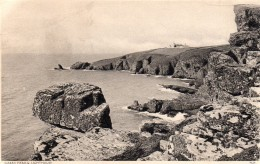 Postcard - Lizard Lighthouse, Cornwall. 9429 - Lighthouses