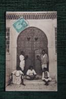TUNIS - Porte D'une Riche Maison Arabe - Tunisia