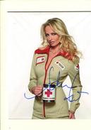Adriana KAREMBEU (croix Rouge) - Autographes