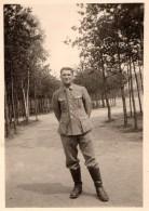 Photo Originale Guerre 39-45 - Portrait D'un Jeune Soldat Allemand En Uniforme - Krieg, Militär