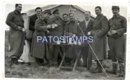 51450 ARGENTINA SANTA CRUZ RIO GALLEGOS COSTUMES EL ALMUERZO YEAR 1954 PHOTO NO POSTAL TYPE POSTCARD - Argentinië