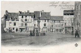 MAURIAC - Place De L' Hotel De Ville     (88472) - Mauriac