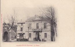 84 . Vaucluse :  Sainte Cécile : La Mairie  . - France