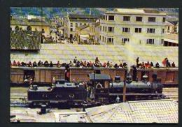 ECUADOR  -  Ambato  Aboriginees Travelling On Train  Unused Postcard - Ecuador