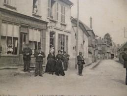 CPA 60 Oise Valdampierre Grande Rue - France