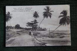 LIBREVILLE - Route De La Mission , La Prison Et Le Quartier Des Miliciens. - Gabon