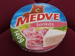 Cheese Queso Kase Label Etikette Etiqueta Hungary Medve Ham BOX - Quesos