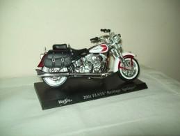 "Harley Davidson (2001 Flsts Heritage Springer) ""Maisto""  Scala 1/18 - Motos"