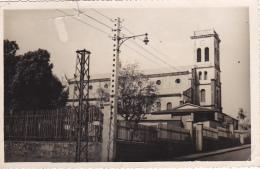 Carte Photo - Eglise Catholique De Diego Suarez - Circulé 1952, Mauvais état - Madagascar