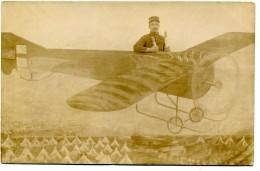 Camp  Du Larzac ( Aveyron ) -  La  Cavalerie  -  Avion  Et  Militaire  -  Photomontage  En  1913 - Aérodromes