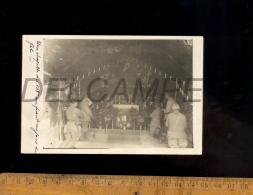 Photo Carte Militaire Religion Chapelle Du 108e Régiment Au Front Un Jour De Fête 1917 Soldats Soldat Prière - Guerra 1914-18