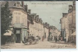 18 - LES  AIX  D ' ANGILLON - Belle Vue Animée/colorisée , Place Nationale Rue De La République - Les Aix-d'Angillon