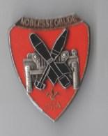 INSIGNE 67° RI CEA Noblesse Oblige , Relief - DELSART - Armée De Terre