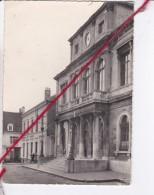 CP 62   -  MARQUISE  -  L'Hôtel De Ville - Marquise